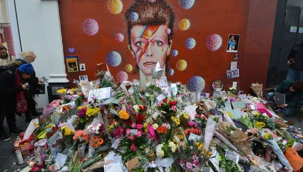 David Bowie Resurrects, Dies Again to Cap Off Worst Year Ever