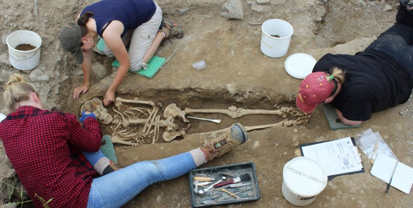 Archaeologists Uncover Remains of First Crew to Work On 836